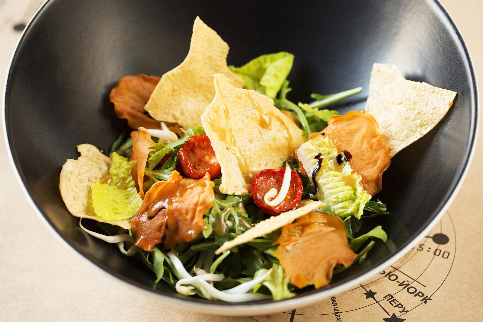 salat-iz-rukkoli-s-rostkami-soi-2